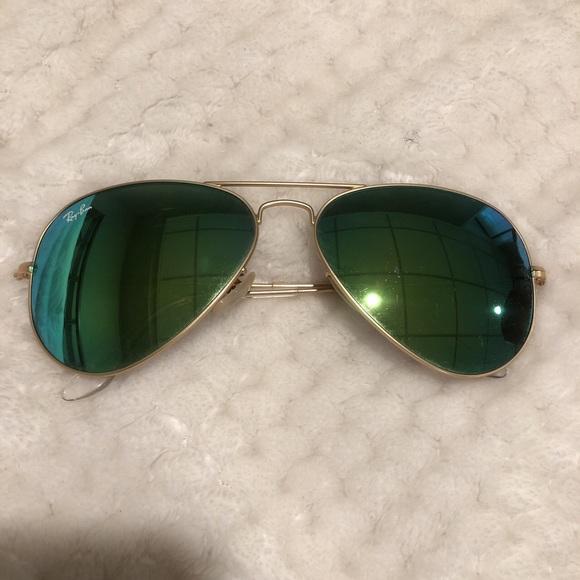 ray ban aviator gold polarized green